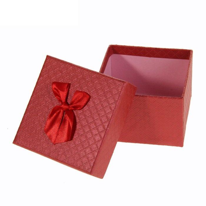 Коробка куб с бантом (белый, красный) - 4