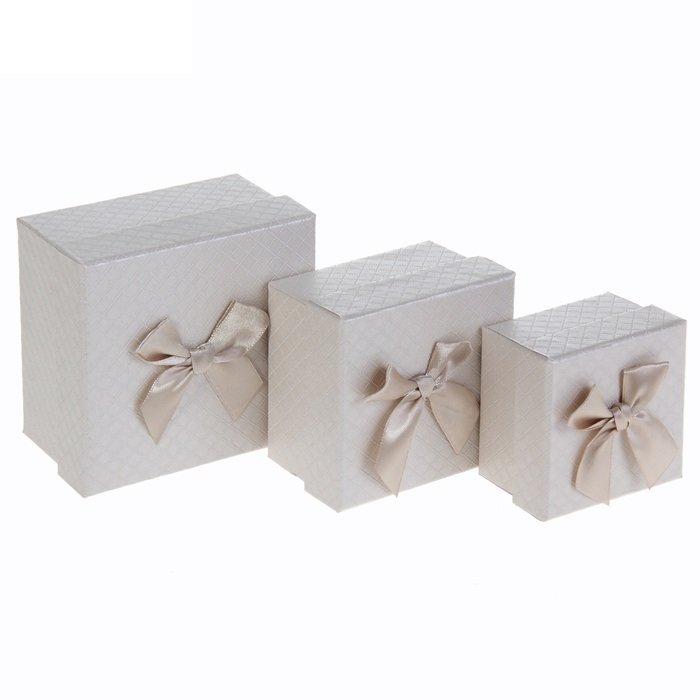 Коробка куб с бантом (белый, красный) - 1